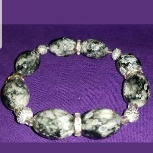 Gray and Black Marbleized Beaded Stretch Bracelet